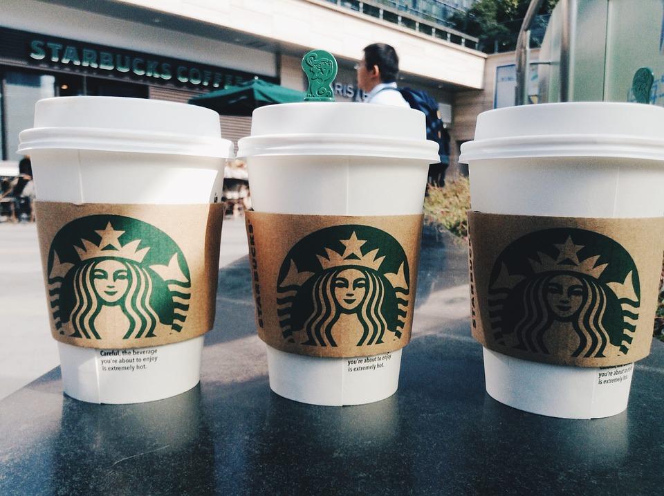巨匠美語評價?英文聽力訓練,到星巴克來一趟咖啡冒險吧!